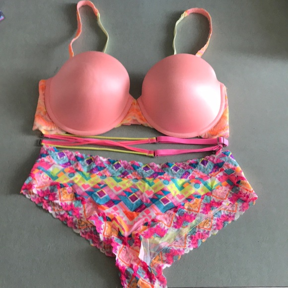 PINK Victoria's Secret Other - Pink by Victoria Secret set